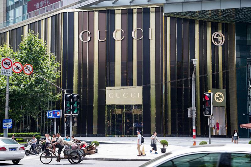 gucci_shanghai-800x533