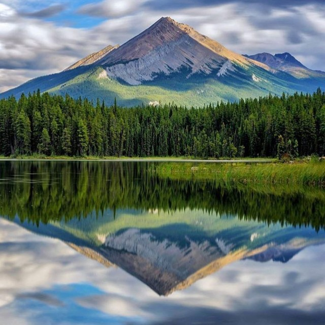 Canadas natural beauty never ceases to amaze tlpicks courtesy ofhellip