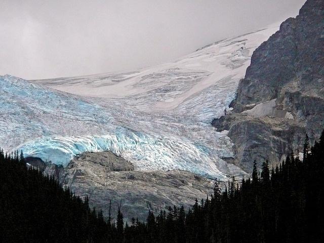 glacier-55221_640
