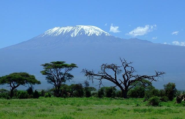 kilimanjaro-1025146_640