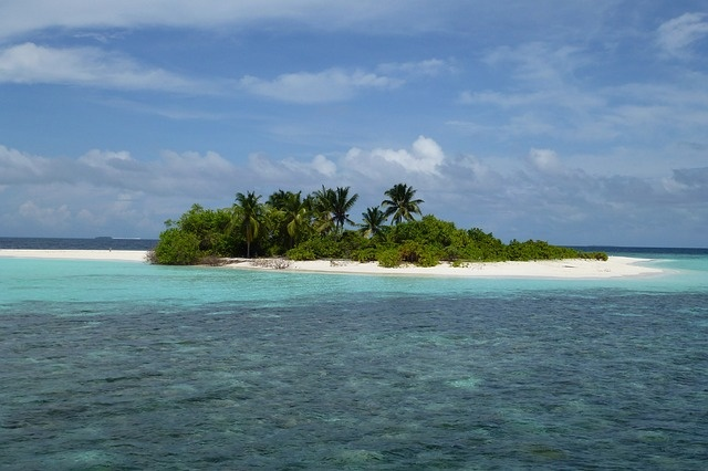 maldives-361386_640