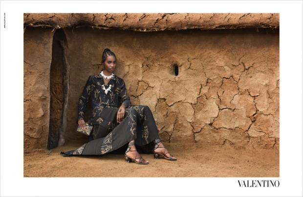 Valentino-Spring-Summer-2016-Steve-McCurry-01-620x404