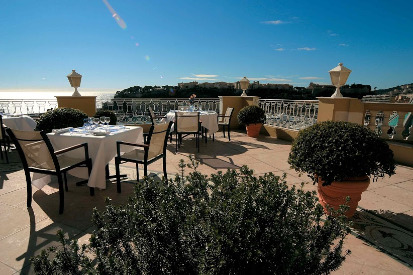Терраса ресторана Le Vistamar