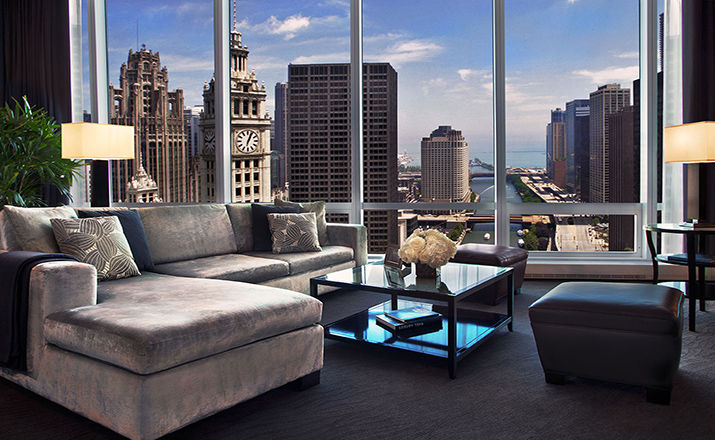 Trum-Chicago-Grand-Deluxe-Lake-Suite