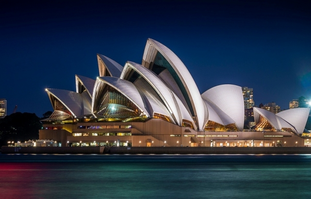opera_house_flickr.com-sandeep_patil