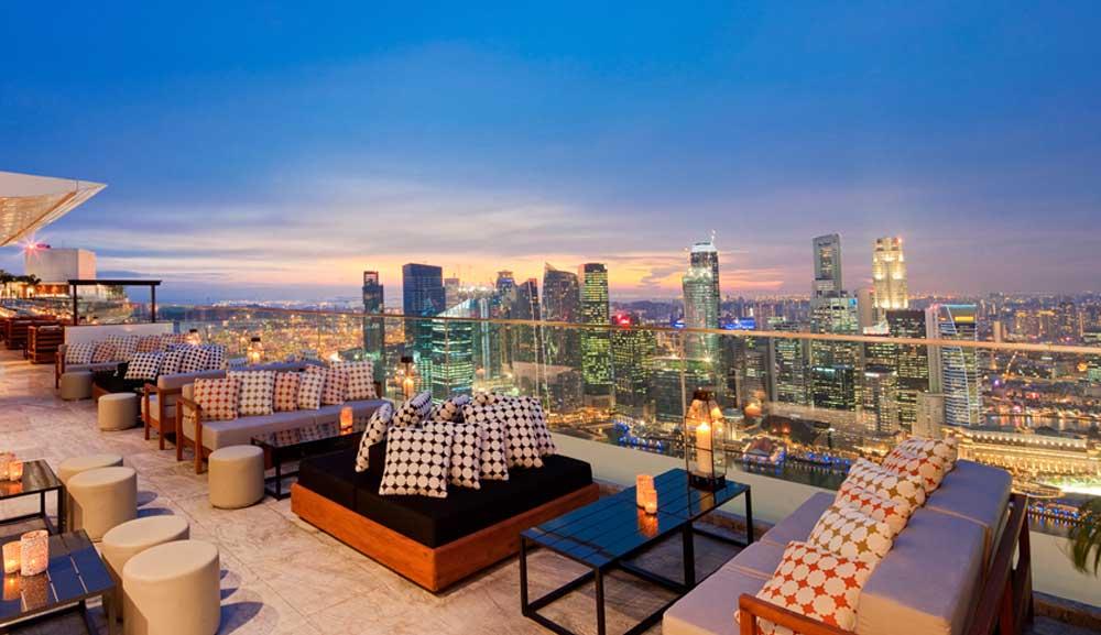 ce-la-vi-club-lounge-outdoors-1000x577