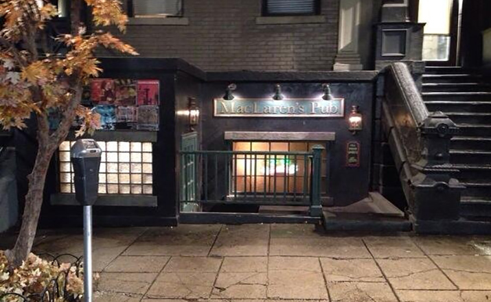 mclarens-pub-set-from-himym
