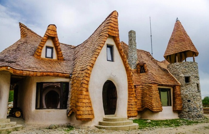 Я влюбился в Карпаты (путешествие в Румынию) Neobyichnyij-otel-v-Rumyinii-1
