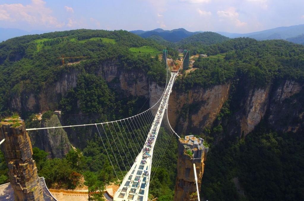 china_glass_bridge_2