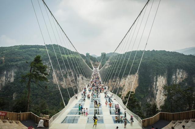 zhangjiajie-grand-canyon-glass-bridge-4