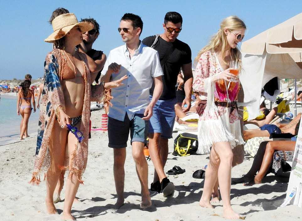 Кейт Хадсон с фронтменом группы Muse Мэттью Беллами и его новой девушкой Эль Эванс
