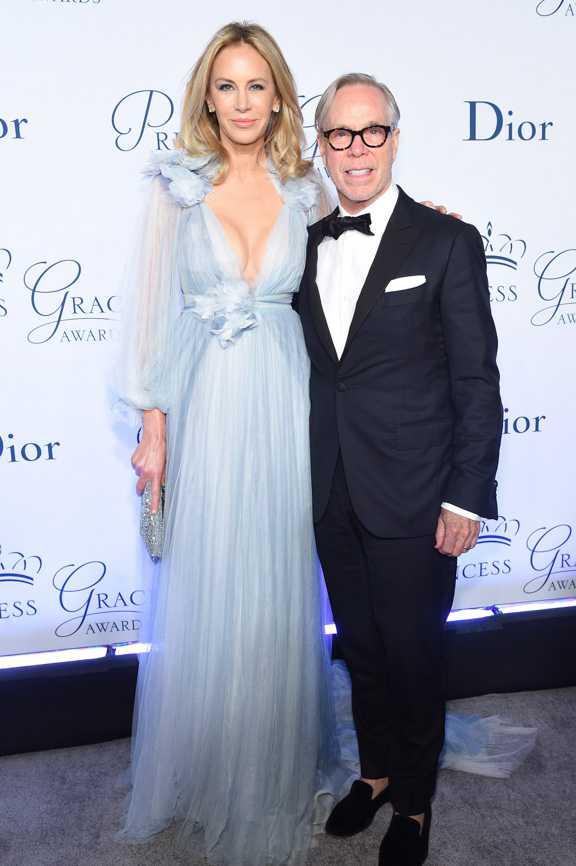 Томми Хилфигер с женой