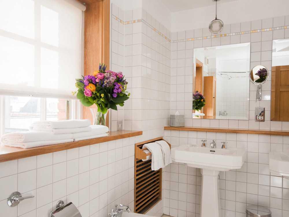bathroomsuite5-11