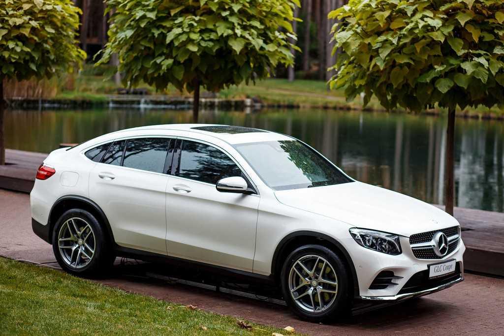 Mercedes-Benz 4MATIC GLC