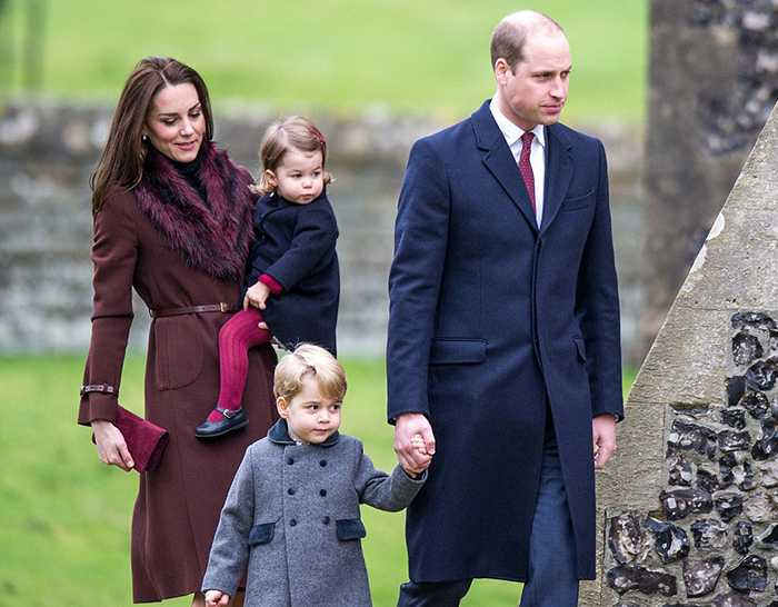 3b9ff30600000578-4064832-the_duke_and_duchess_of_cambridge_have_stepped_out_with_their_ch-a-47_1482663667990