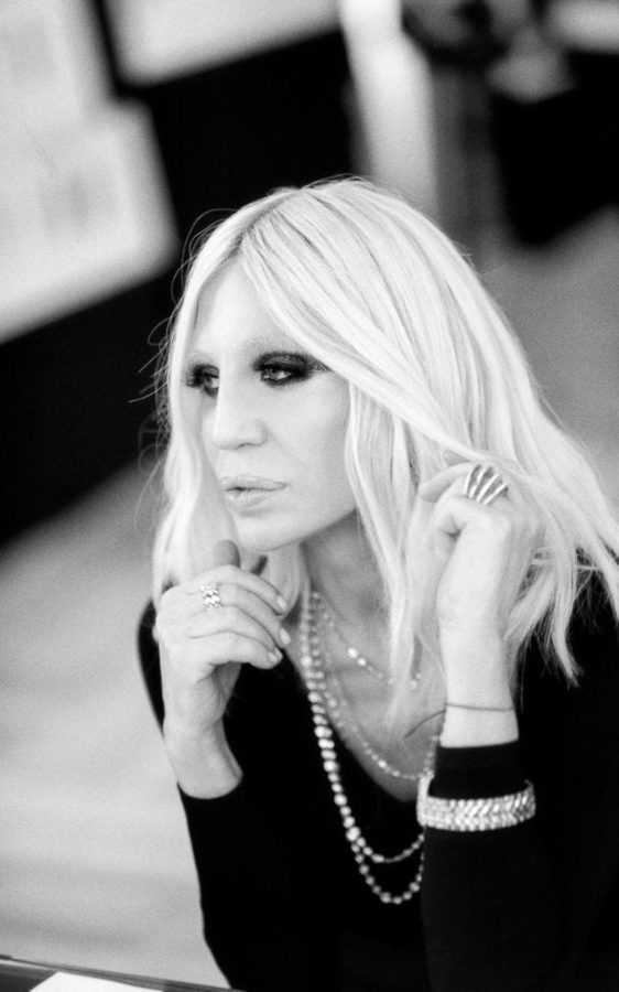versace-woman-wf16-pr-rahi-rezvani-2016-14-xlarge_transqjk4du11gdfjswvmlz0rxaqlz_64ilswb8gxk1tqgyk