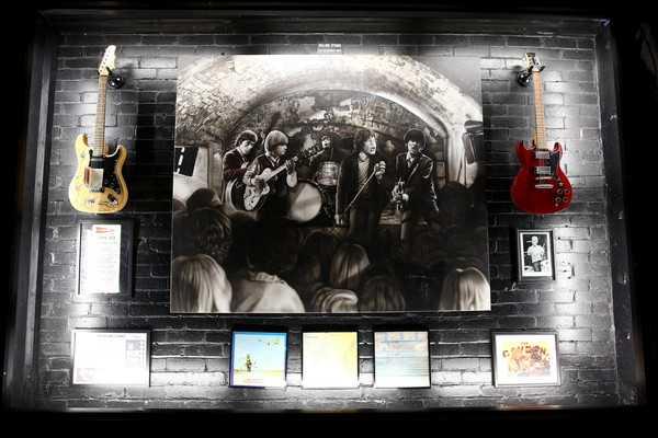 Cavern+Club+Unveil+Statue+Memory+Cilla+Black+7MDpOBpOZBXl