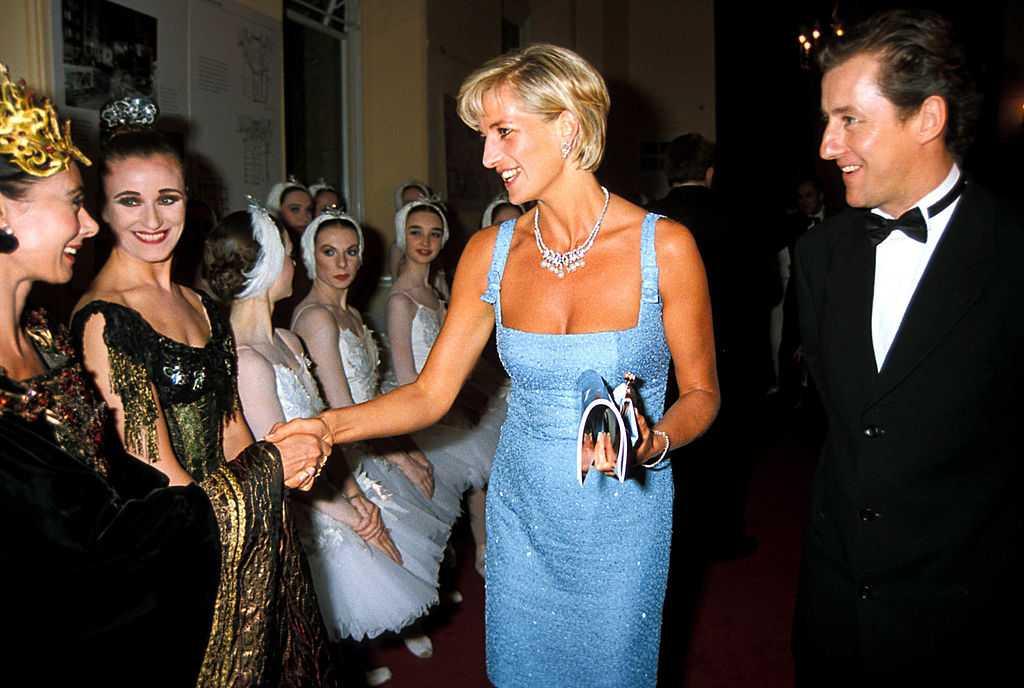 "Princess Diana Wearing A 'Jacques Azagury' Dress To The ""Swan Lake"" English Ballet Performance, Royal Albert Hall, London, Princessdianaretro"