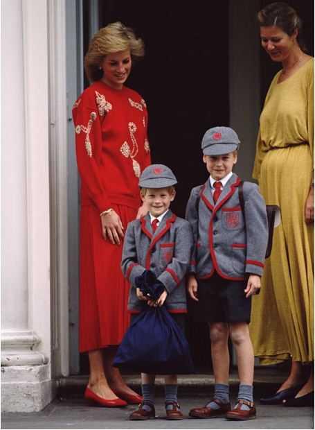 Принц Уильям и Гарри в школе