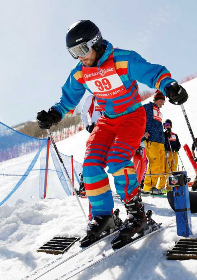 darren-criss-goes-skiing-for-operation-smile-15