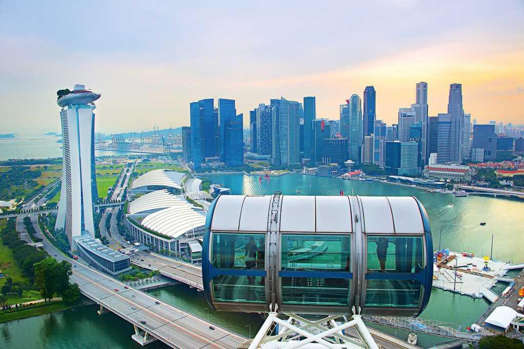 Вид с колеса обозрения Singapore Flyer
