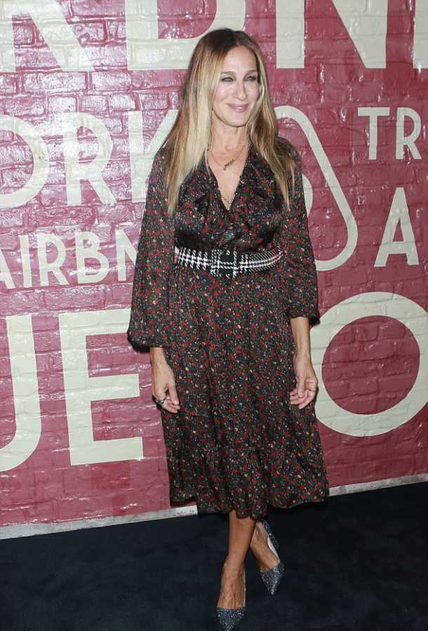 44C269E800000578-4923696-Delightful_Sarah_Jessica_Parker_let_it_be_known_that_fall_was_in-a-104_1506474722866