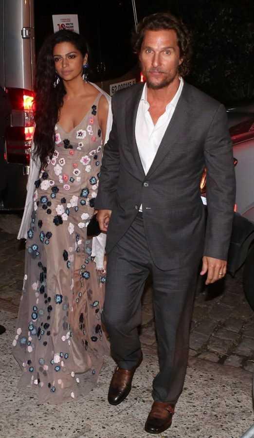 Мэттью Макконахи с женой