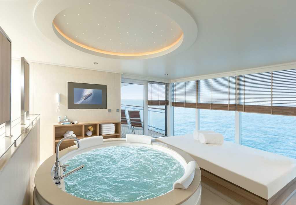 Пассажирам предлагаются роскошные апартаменты с террасами, выходящими на море