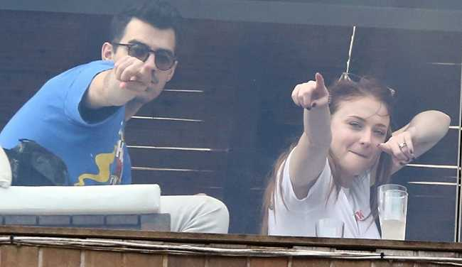 joe-jonas-sophie-turner-get-silly-in-rio-03