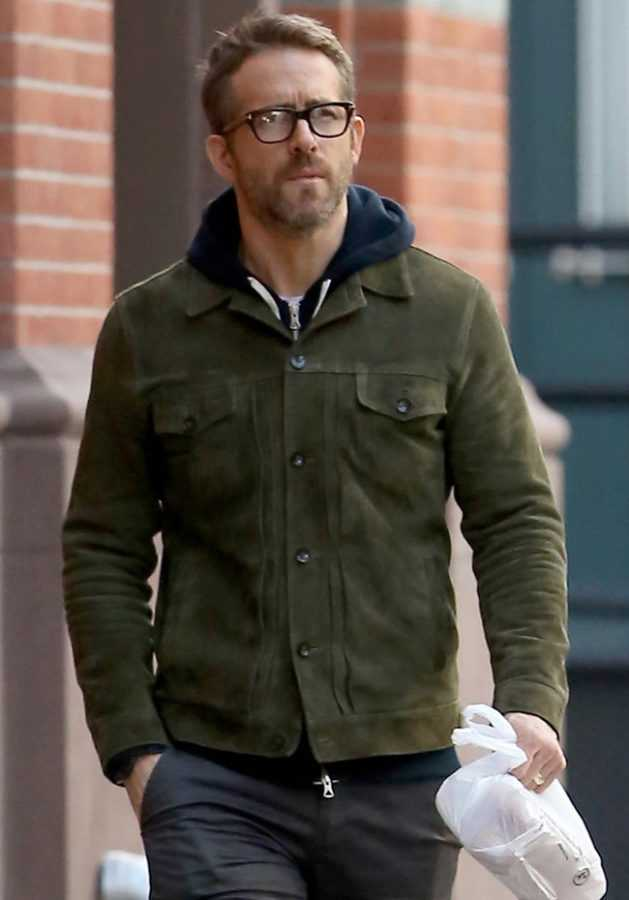 ryan-reynolds-strolls-around-new-york-city-02