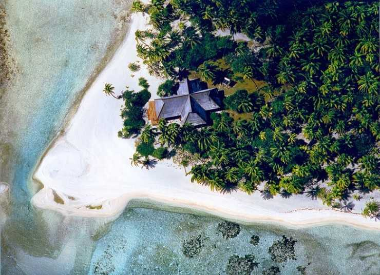 00-story-image-private-islands-where-you-can-stay