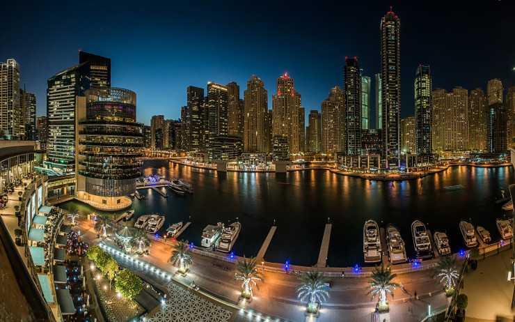 2017World___United_Arab_Emirates_Panorama_of_night_skyscrapers_and_wharf__Dubai._United_Arab_Emirates_115384_