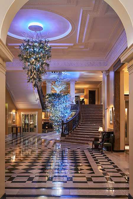 claridges-christmas-tree-2017-designed-by-karl-lagerfeld-mayfair-london-festive-season