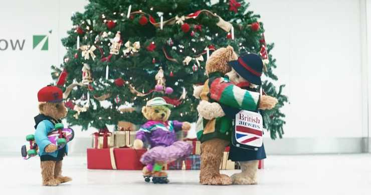 godupdates-heathrow-airport-christmas-bear-Ad-4
