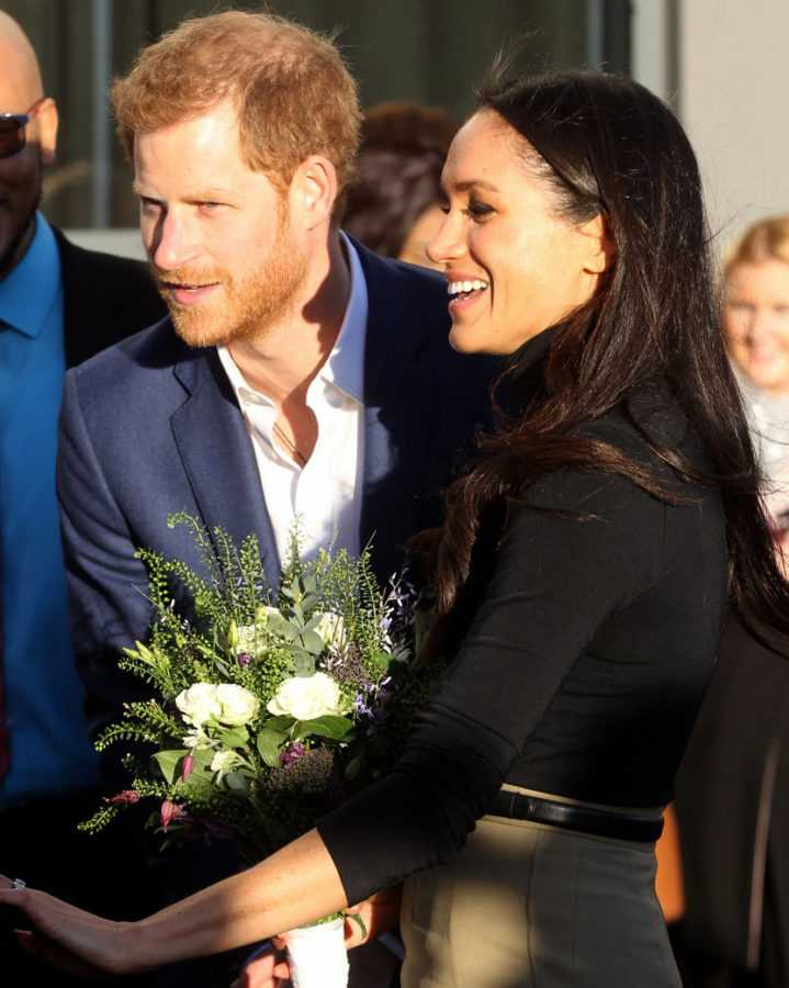 prince-harry-meghan-markle-flight-10