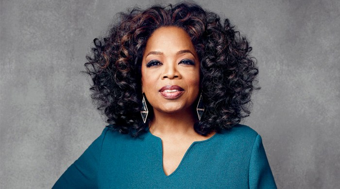 oprah-winfrey-by-joe-pugliese-for-the-hollywood-reporter-december-2013-3main