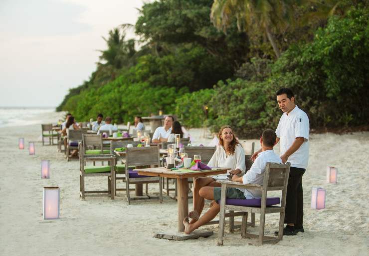 Ресторан на пляже в отеле Soneva Fushi