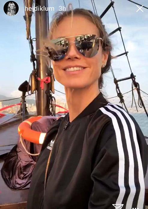 4AD1E2EA00000578-5578409-Ship_ahoy_The_German_supermodel_was_also_seen_enjoying_on_a_boat-m-12_1522856950512