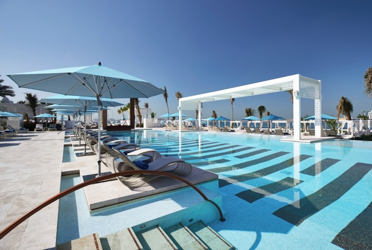 03.DRIFT Pool and Beach