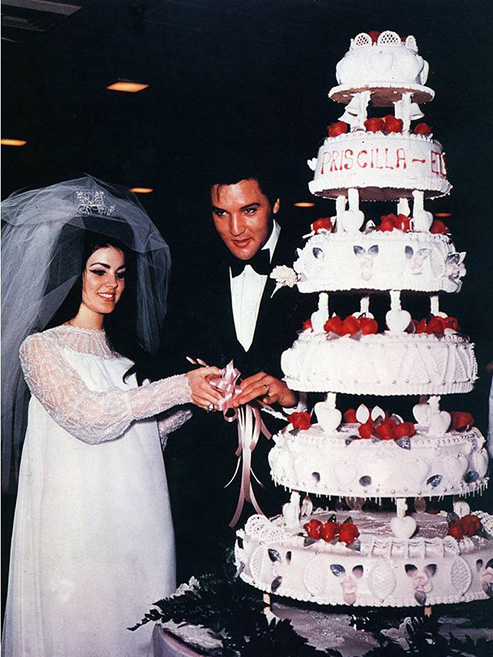 Photo of Priscilla PRESLEY and Elvis PRESLEY