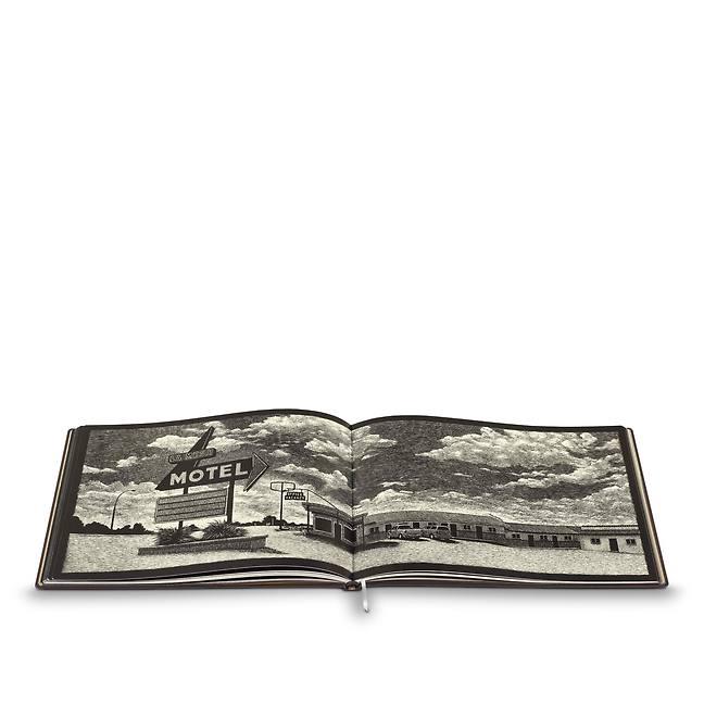 louis-vuitton-книга-о-путешествиях-«шоссе-66»–-авторское-издание-книги-и-письменные-принадлежности--RN0007_PM1_Other view3