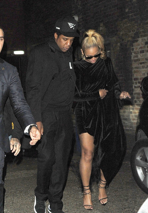 beyonce-jay-z-step-out-for-date-night-in-london-01