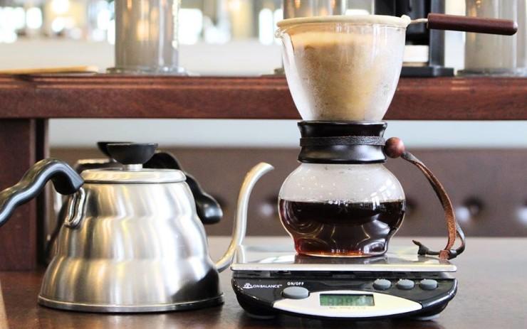 Фото: Small Batch Coffee Roasters