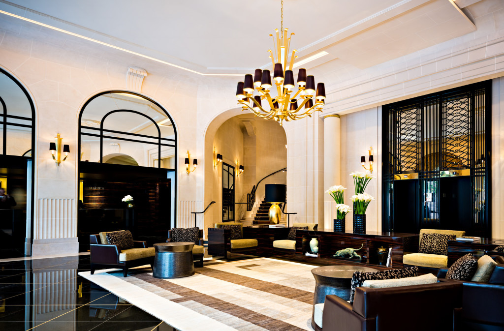 lux250lo-139112-Lobby