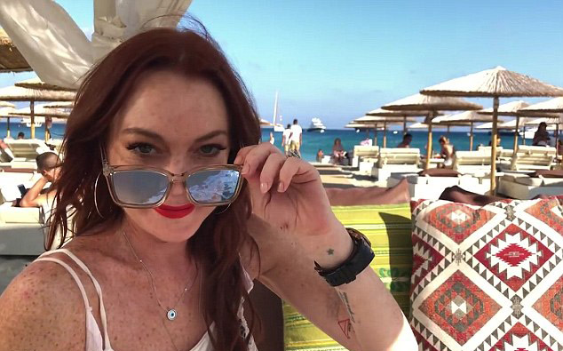 4EB2748000000578-6007935-Get_real_The_first_teaser_for_Lindsay_Lohan_s_upcoming_MTV_reali-m-79_1532972642463