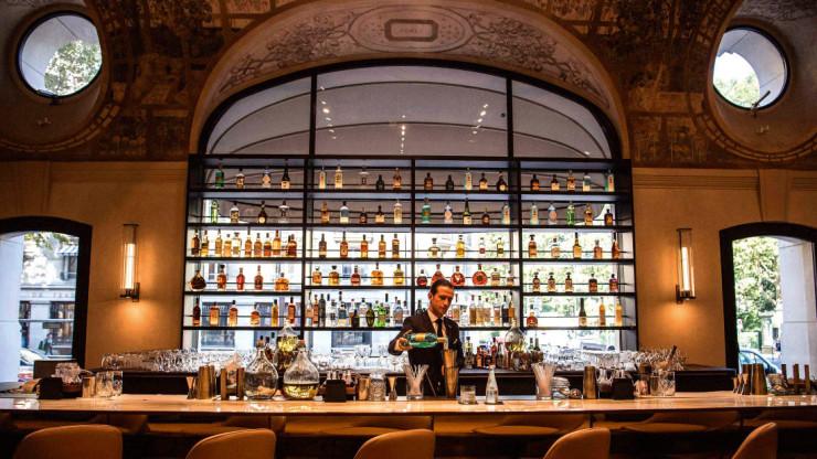 Lutetia Bar - один из любимых баров писателя
