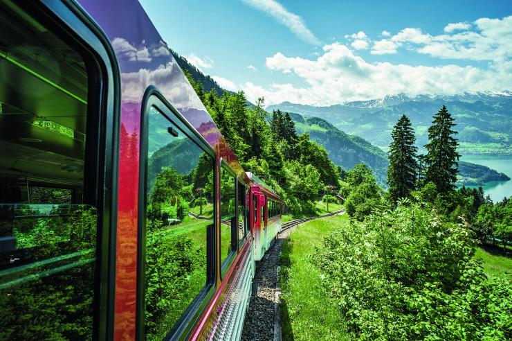 Rigi Bahn im Sommer, Rigi, Zentralschweiz / Rigi Railway in summ