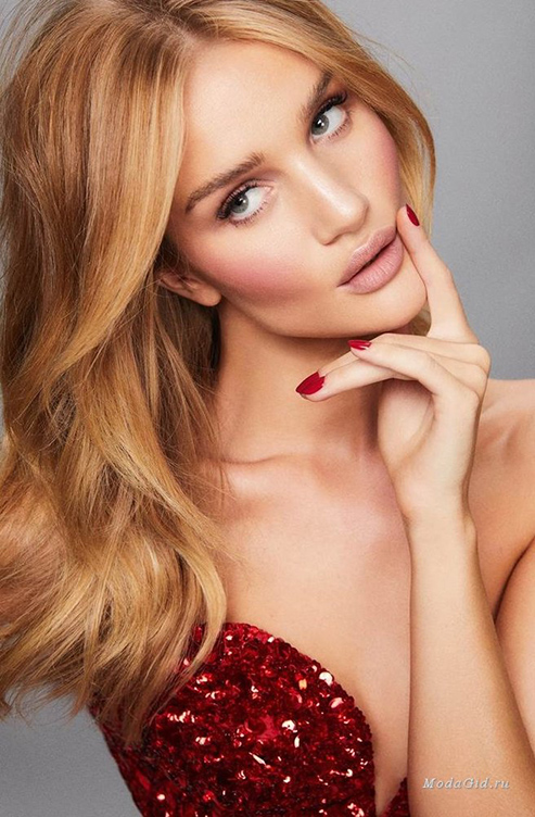 large_rosie-huntington-whiteley-rose-inc-01