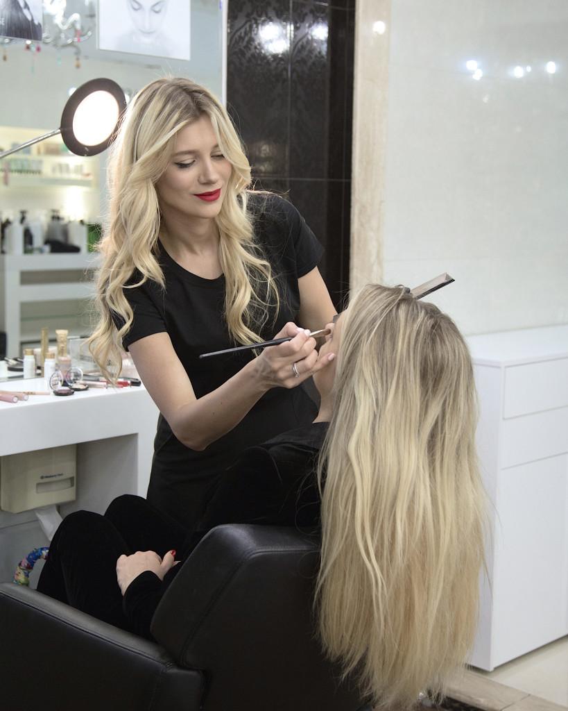3 englishspeaking makeup artist kyiv kiev