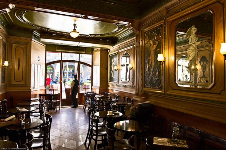 CAFE DE L'OPERA, Барселона Фото: Gusto Guides